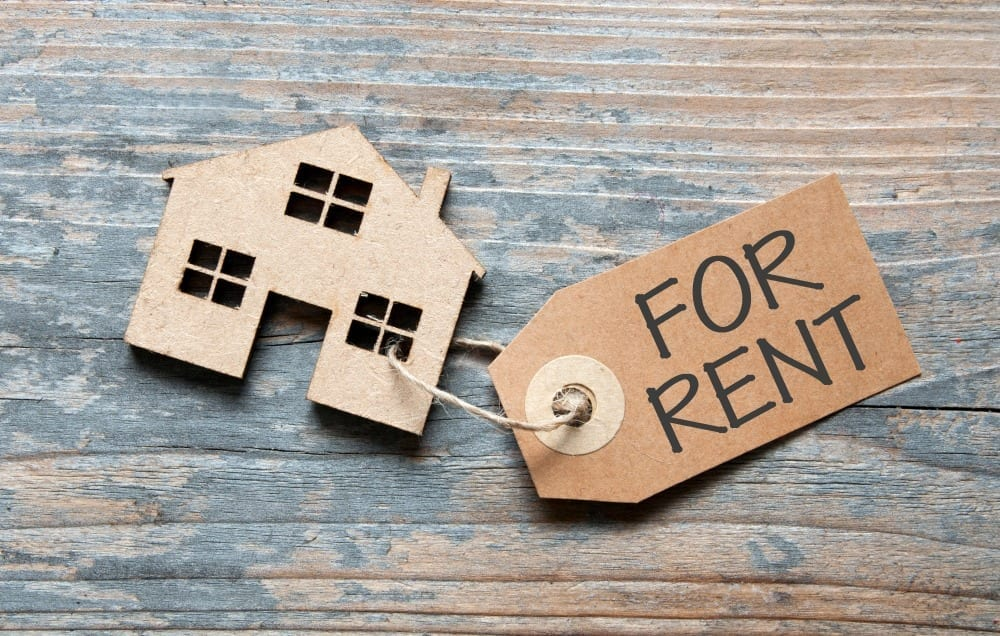Couple found a home for rent in Ivanhoe with the assistance of real estate agents
